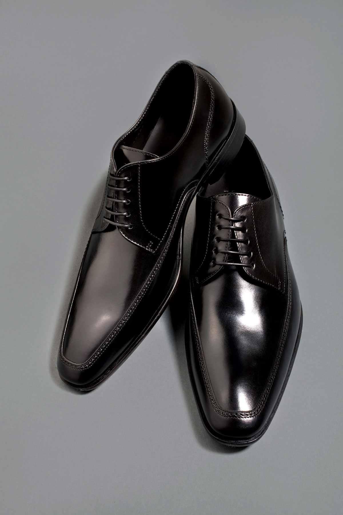 m08-accessoires-chaussures-homme-hugo-boss-henri-vezina