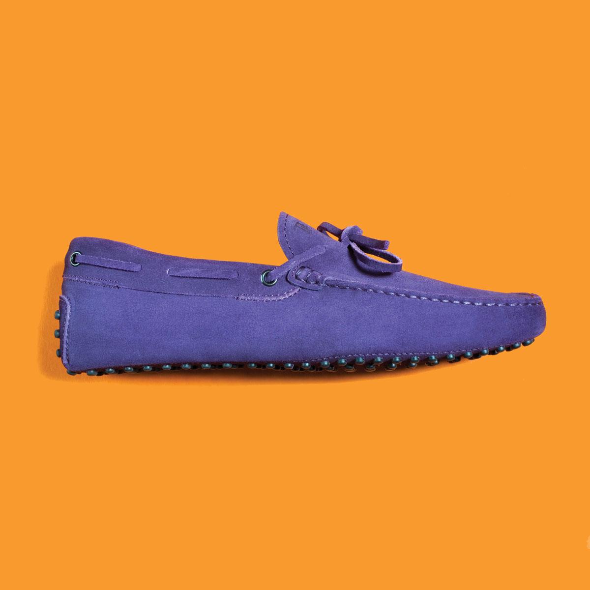 m08-accessoires-loafer-tods-holt-renfrew