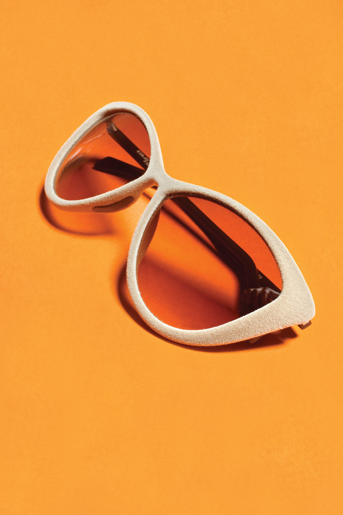 m08-accessoires-lunettes-de-velours-italia-independent-ogilvy