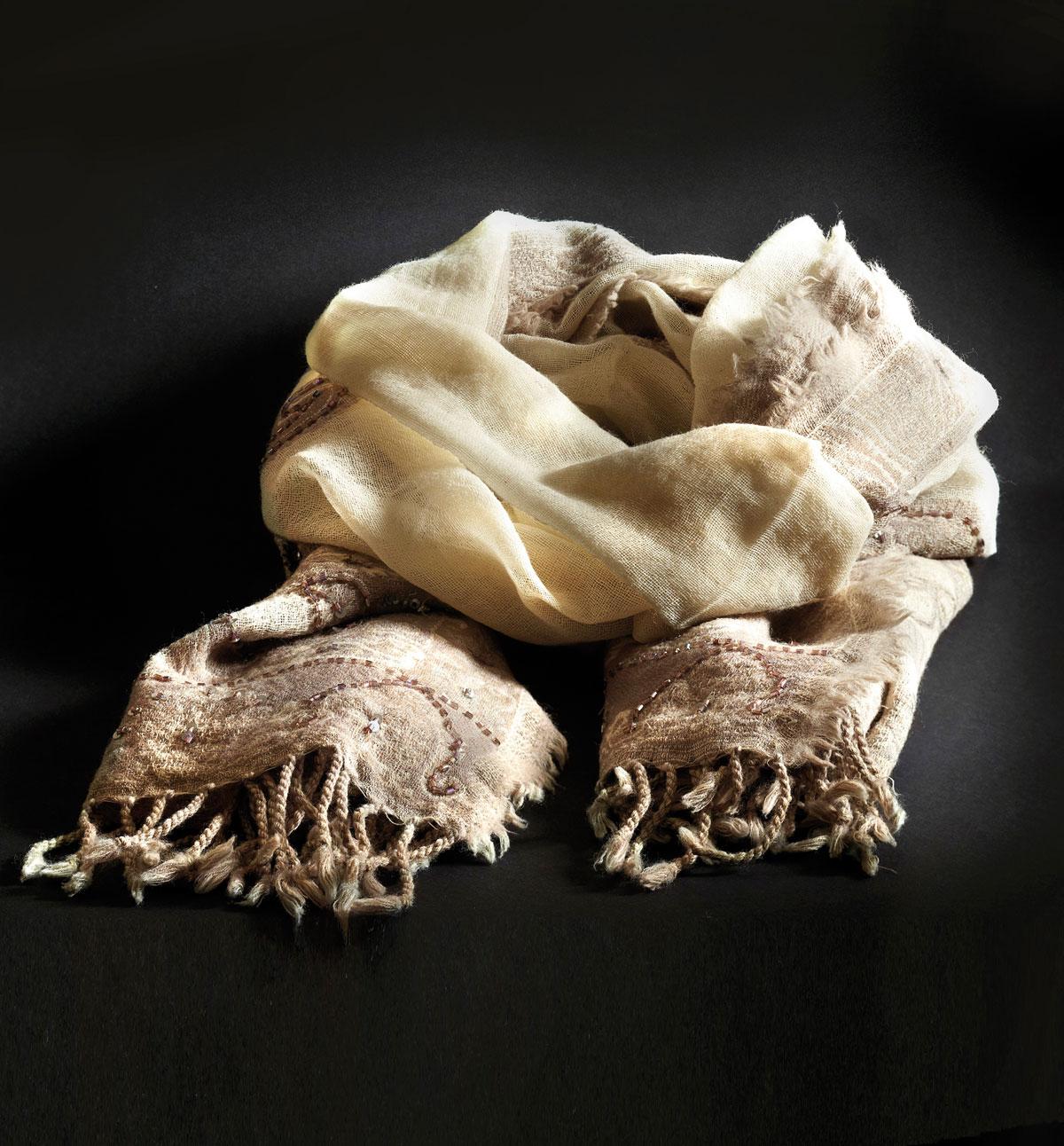 m09-foulard-gerard-darel