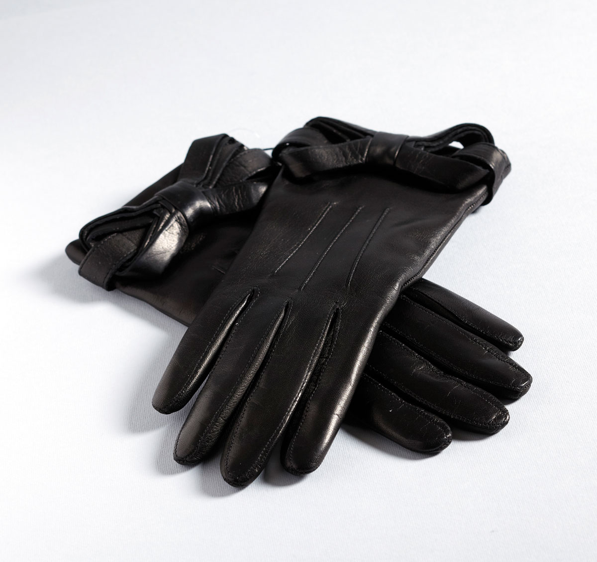 m09-gants-de-cuir-ogilvy