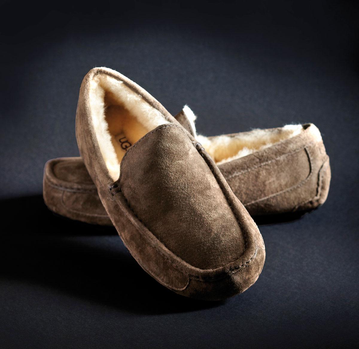 m09-pantoufles-pour-homme-ugg