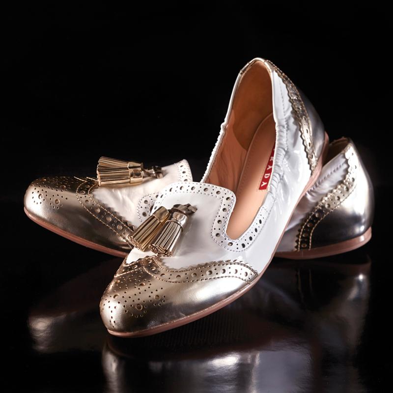 m11-accessoires-ballerine-ballet-pump-prada-holt-renfrew