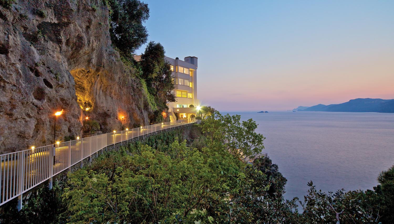m11-escale-il-costa-amalfitaine-cote-amalfitaine-costiera-amalfitana-01