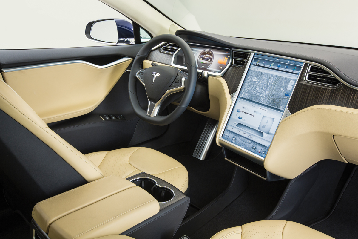 m12-automobiles-tesla-model-s-interior