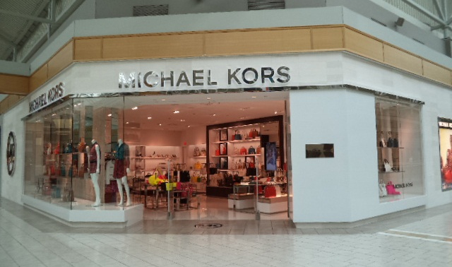 Michael Kors now opened at Fairview Pointe Claire