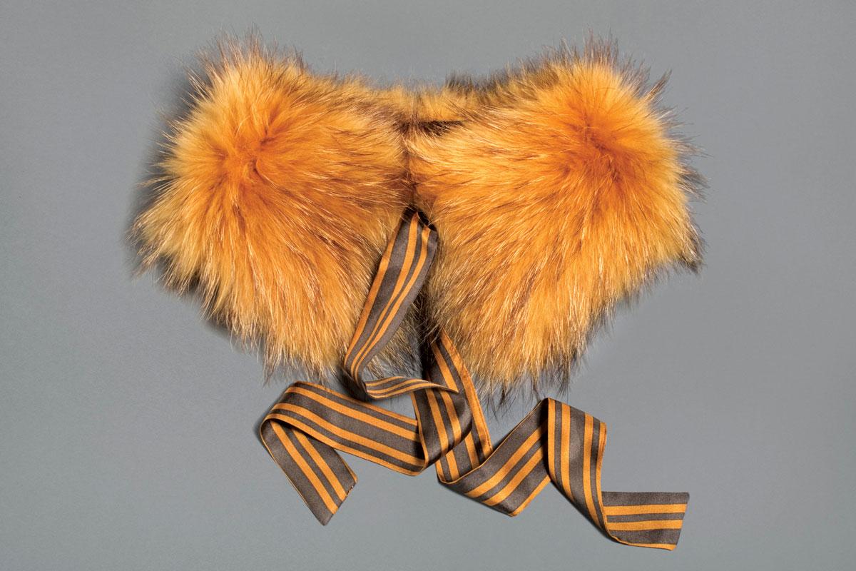 m08-accessoires-col-orange-ogilvy