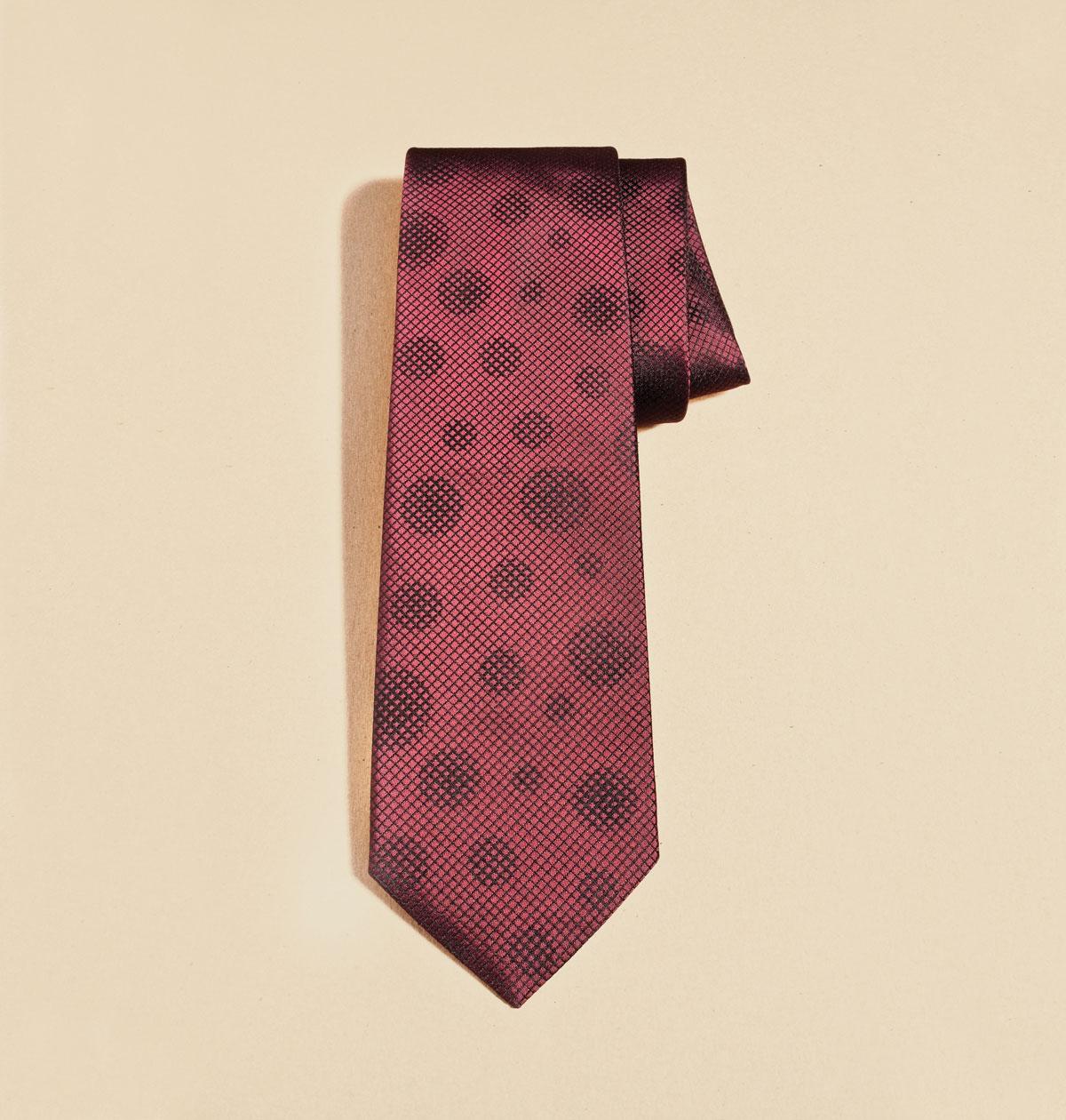m08-accessoires-cravate-hugo-boss-henri-vezina