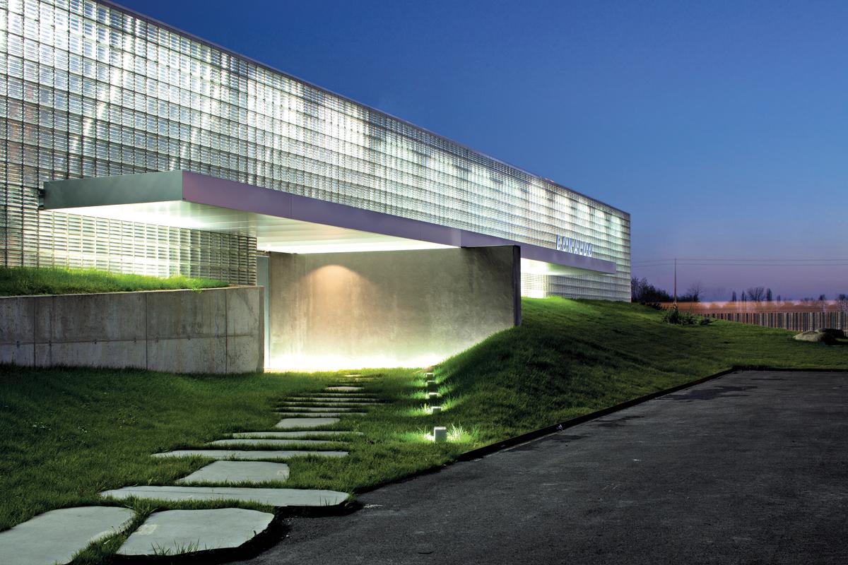 m11-adn-bonaldo-showroom-7