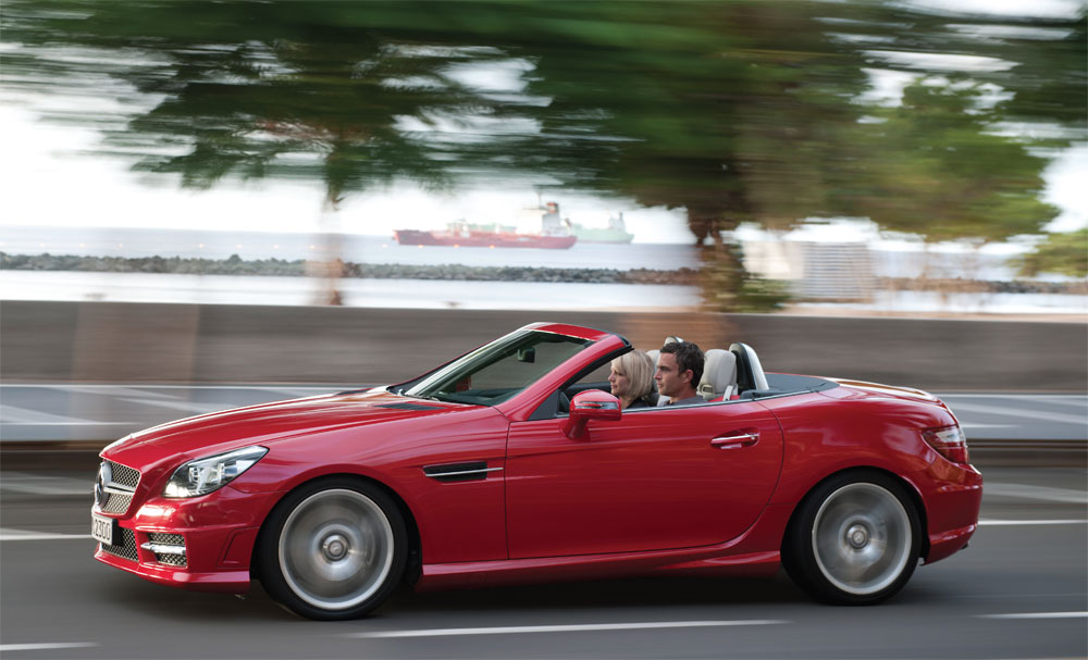 The first foldaway hard-top of the modern era is the SLK by Mercedes-Benz who has designed a real beauty for 2012.
