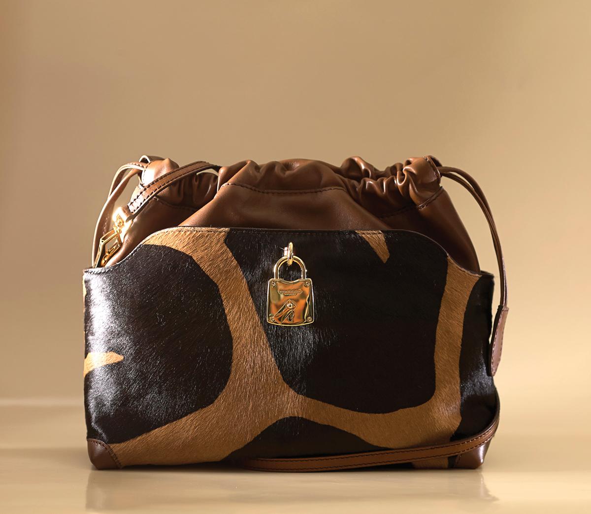 m13-accessoires-elle-sac-a-bandouliere-burberry