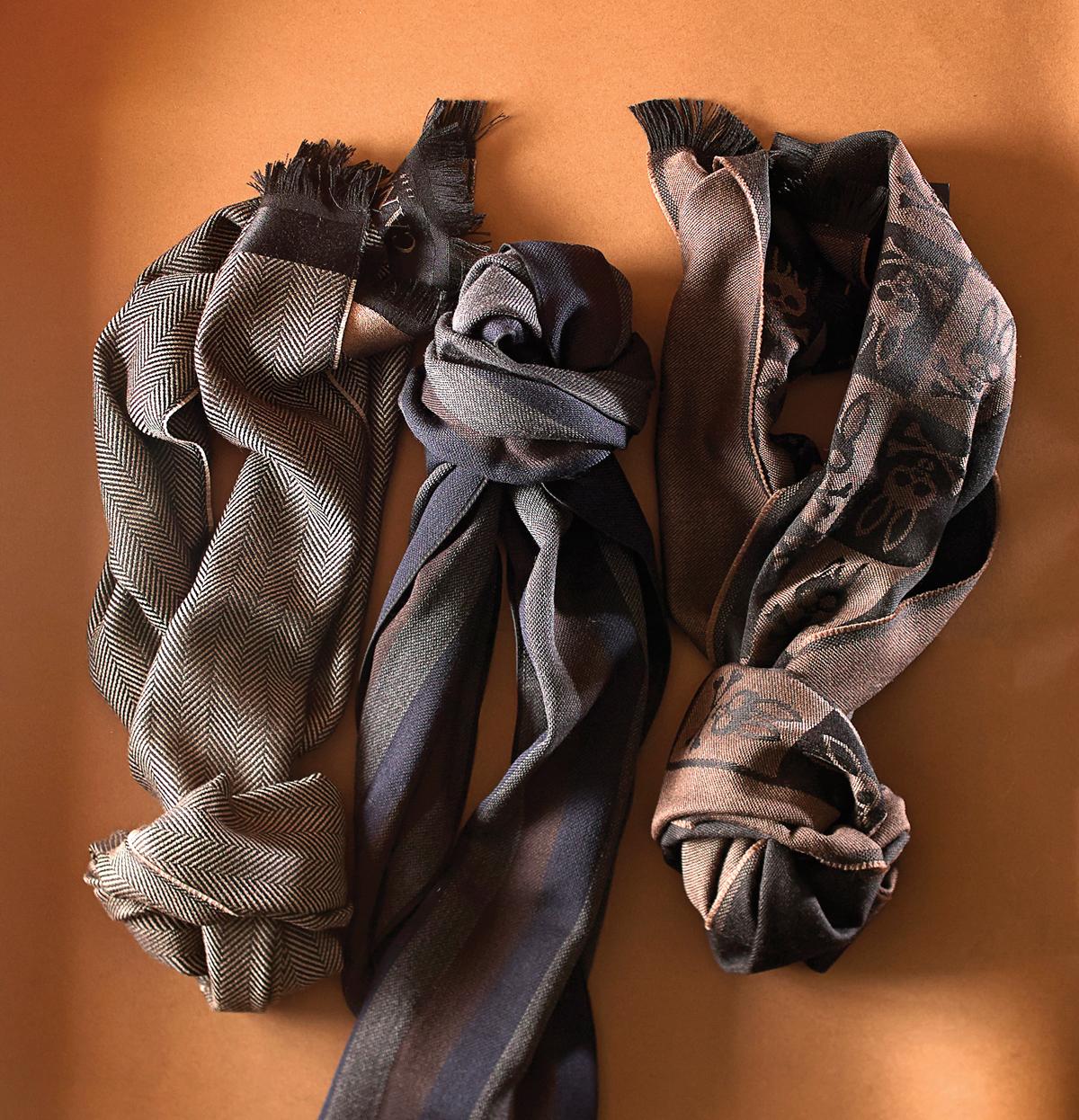 m13-accessoires-lui-foulards-psycho-bunny-et-paul-sark-et-canali