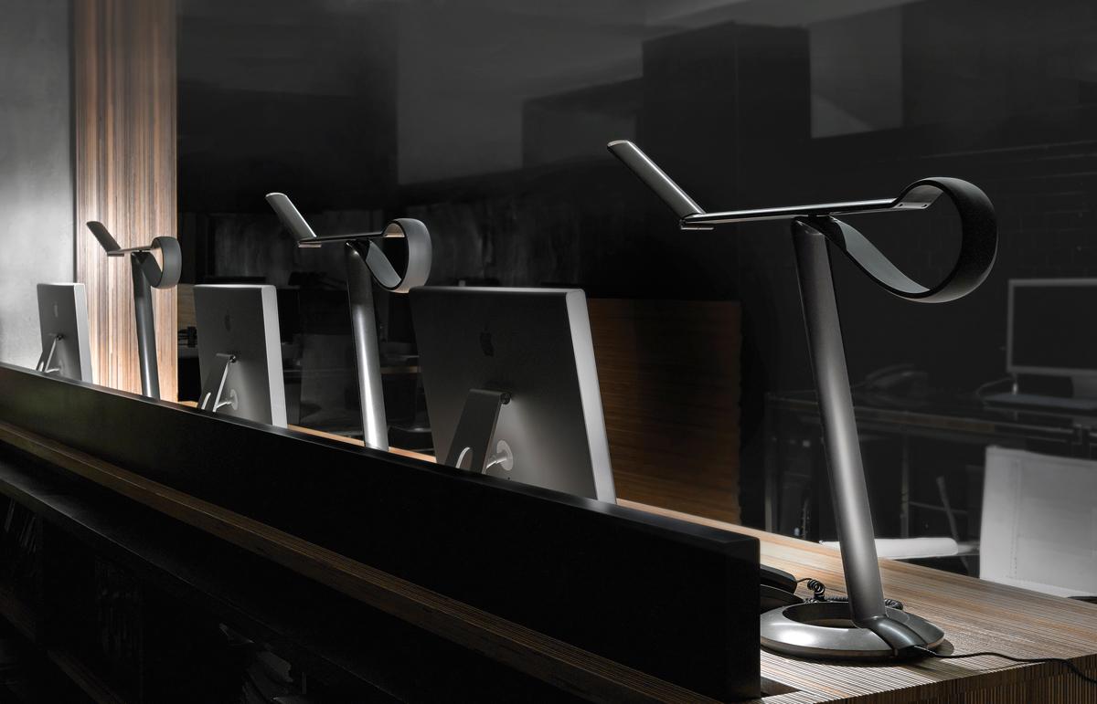 m13-deco-lampe-de-table-compasso-de-qisdesign-07